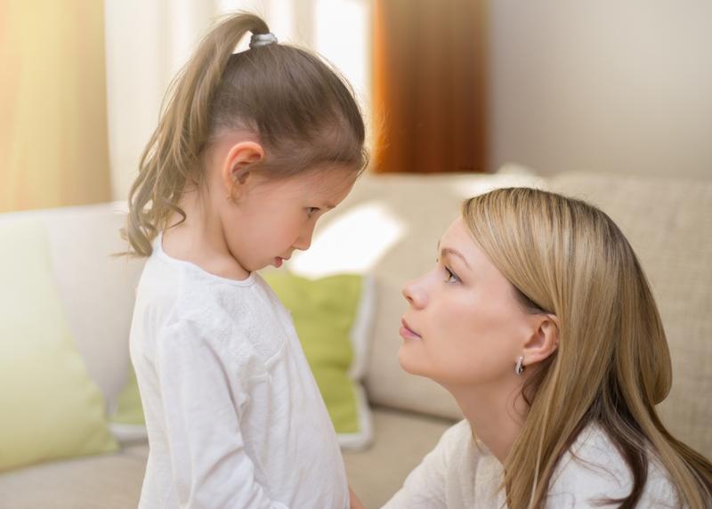 كيف يمكن أن تعتذر لطفلك