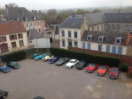 The cars Assembled on Sunday