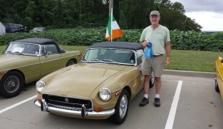 1st place Chrome Bumper MGB  - '72 B of Clay Johnston