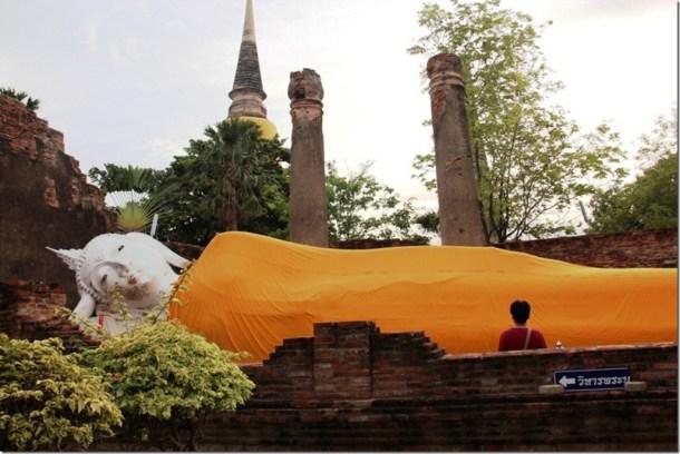 2012_08_11 Wat Yai Chai Mongkon (5)