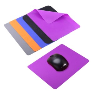 PC: Soft Silicone Slim Comfortable Gaming Mouse Pad Mat, Size: 21.5x16.5cm, Random Color