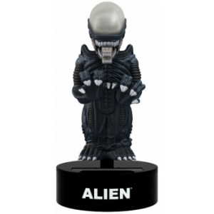 Aliens - Alien Solar Powered Body Knocker 15cm Bobble Head