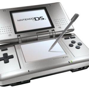 NDS: Nintendo DS Konsoli (käytetty)