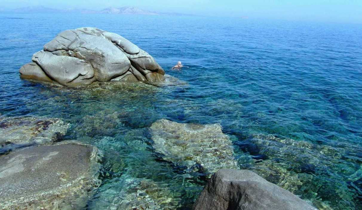In my blog : Philosophy, climbs and dives in the southern coastline, May 11, 2009