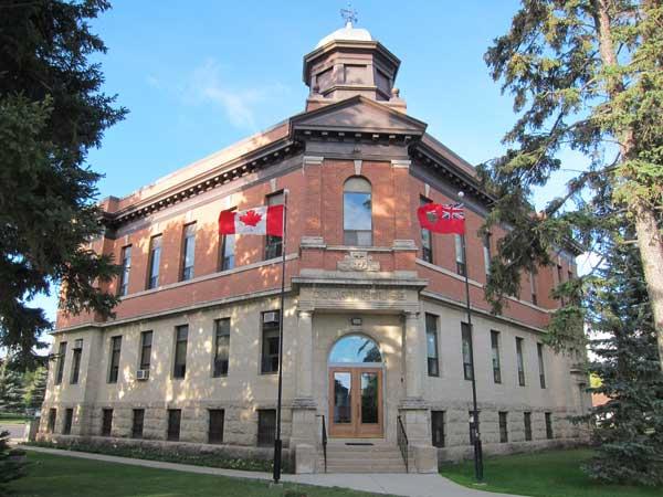 Historic Sites of Manitoba Minnedosa Court House 70 Third Avenue SW Minnedosa