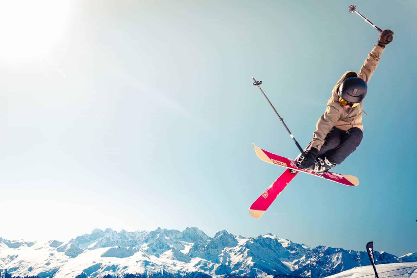 Sciatore sci Milano MI-AMI
