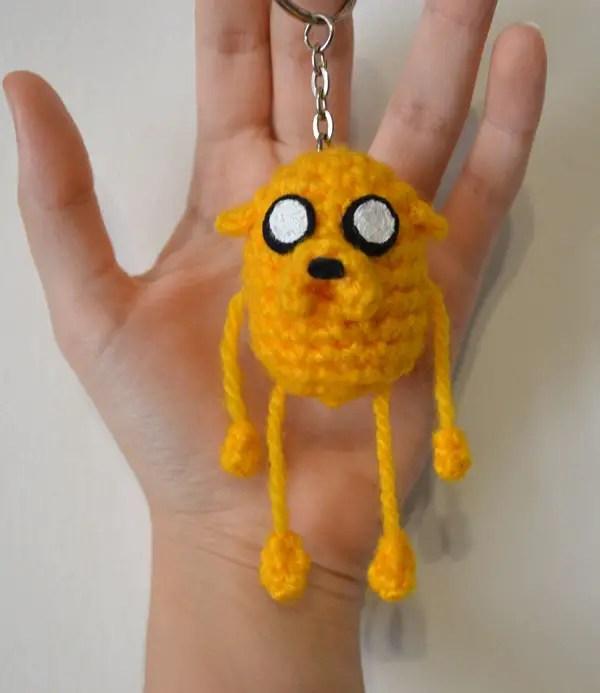 Amigurumi dog keychain/bag charm: pattern | Amiguroom Toys | 693x600