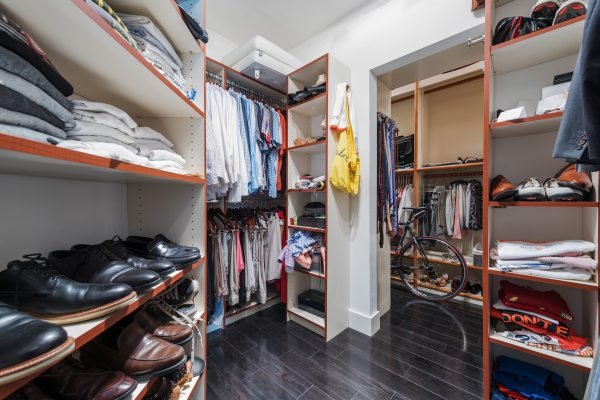 Large Bathroom with Walk-In Closet