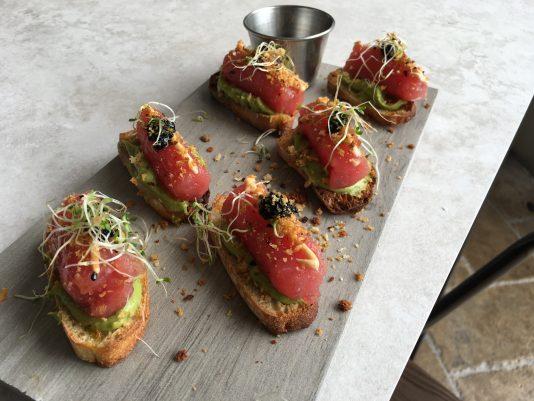 Lettuce and tomato miami