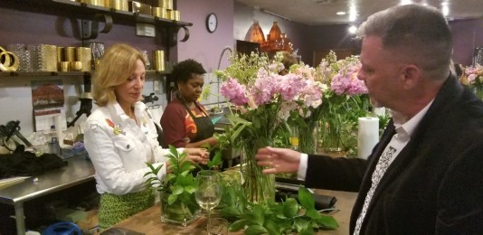 flower arranging at Pistils & Pwt
