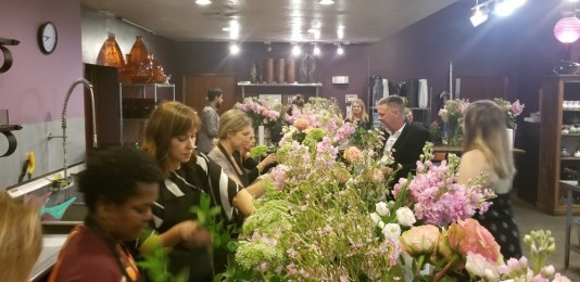 flower arranging class miami