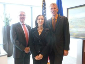 From left to right: Tomas Abreu, Hon. Gloria Bellelli, Dr. Matthias Haury