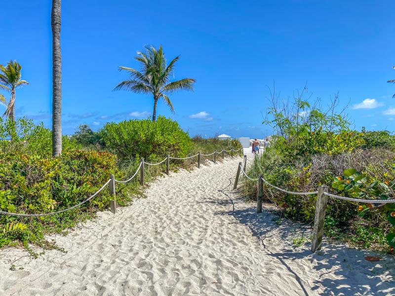 Miami-Beach-Strand-Toegang-800px-20200219-IMG_2352