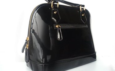 #NewIn Black Mirror Effect Bag