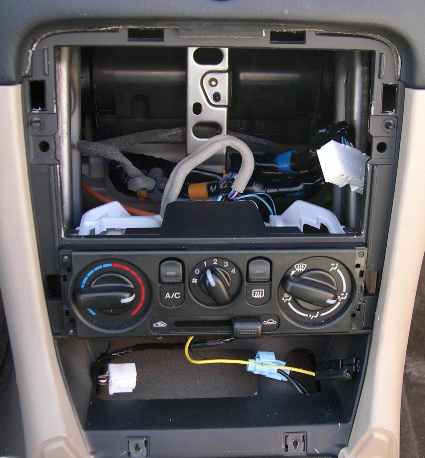 mazda 626 wiring diagram er for car insurance company the nb oem audio system faq 2001 radio out photo stephen foskett