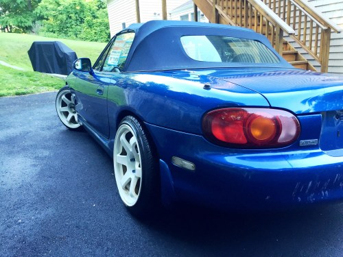 small resolution of  1999 mazda miata 10th anniversary edition 00 18780448488 ca1195259d k jpg