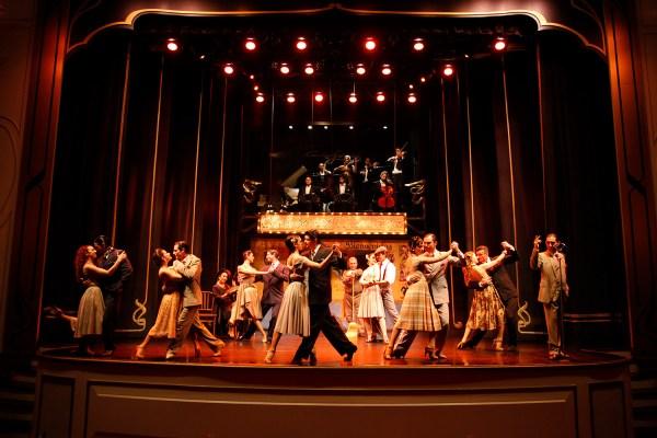 Esquina Carlos Gardel - Tango Cena Show - Show de Tango en Buenos Aires, Argentina