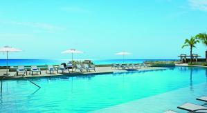 Alberca Hotel Secrets The Vine Cancun