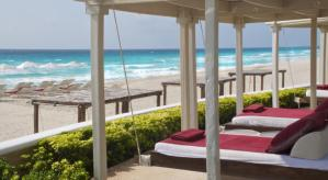 Playa de Sandos Cancun Luxury Resort