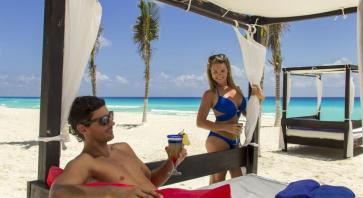 Camastros NYX Hotel Cancun
