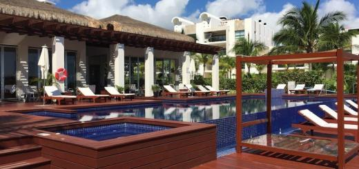Beachfront Luxury Garden House