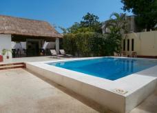 Hotel Hacienda Cancún hotel con alberca cancun