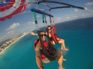 Parasailing tour en cancun