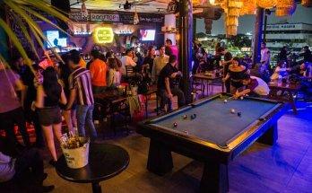 MUMMA Rooftop Bar