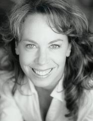 Headshot - Katrina Corbeil, mezzo-soprano