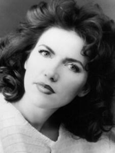 Headshot - Maria Knapik, soprano