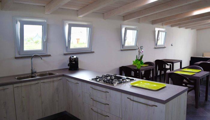 salone con cucina condivisa