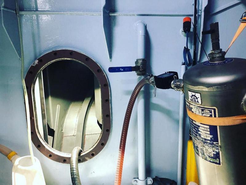 olie-brandstof tank cleaning