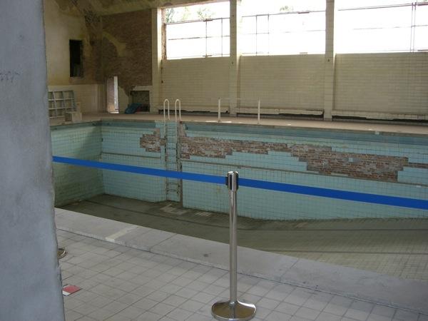 Blick in die Schwimmhalle Olympisches Dorf Berlin