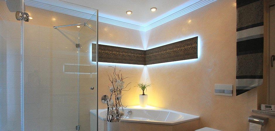 Badgestaltung mit und ohne Fliesen  Michael Schiwek