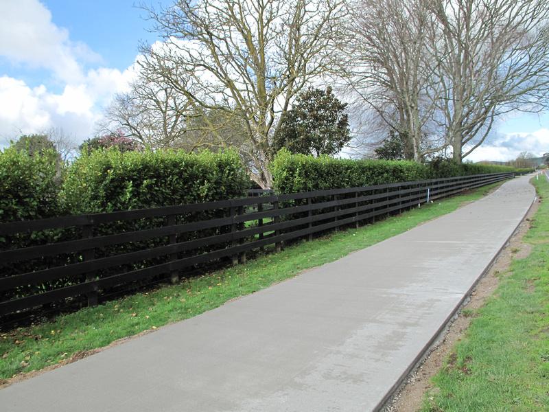 Cambridge NZ to Lake Karapiro cycleway-walkway (2/2)