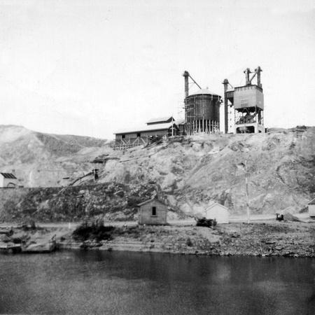 Karapiro Hydro - Concrete Silo
