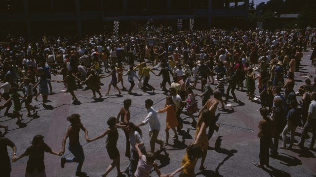 1968 BFMF Audience Dancing