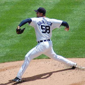 768px-Armando_Galarraga_pitching_2010_cropped