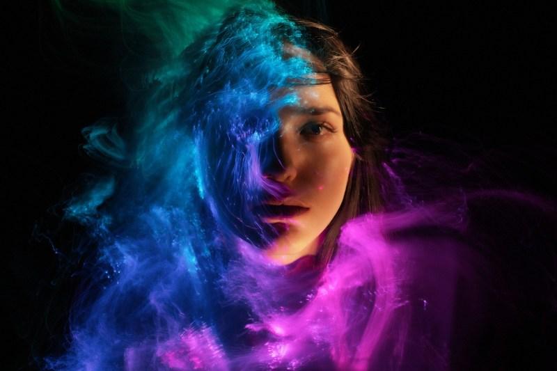 Woman Face Light Painting Abstract - SergeyKatyshkin / Pixabay