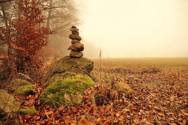 Cairn Tower Stone Stones Balance - ivabalk / Pixabay