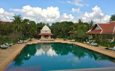 grand hotel swimming pool