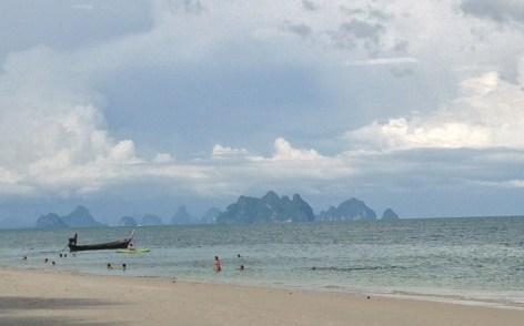 beach at ko thanan