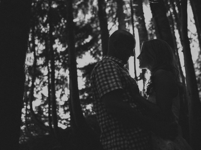 grouse mountain engagement photos vancouver