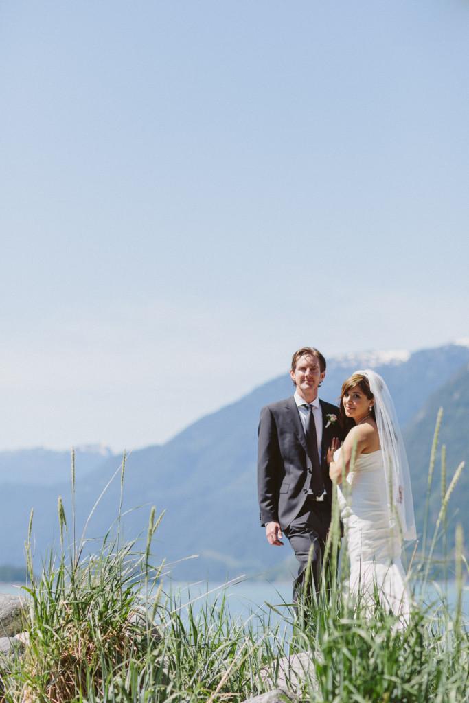 furry creek wedding photos by the beach
