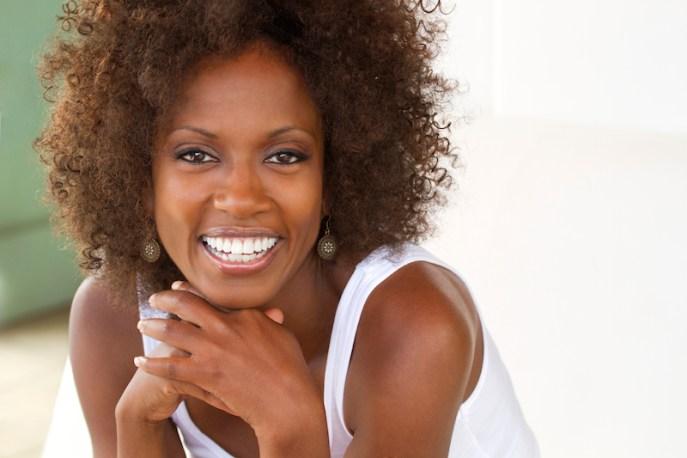 beatiful smile african am woman