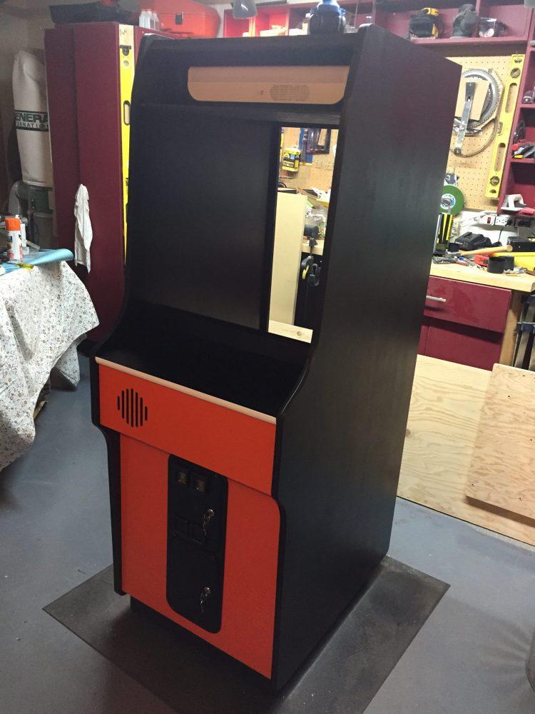 Donkey Kong Arcade Machine: Sides Painted