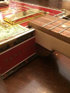 Punch Rare Corojo 4-string cigar box guitar