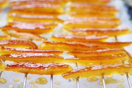 גלזורה הדרים / ממתקים מזוגגים מקליפות תפוזים