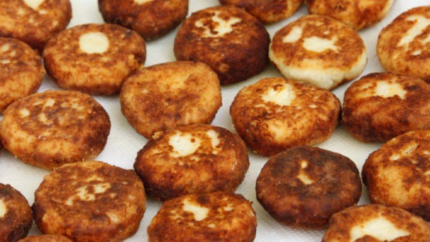 קציצות גבינה ולחם ברוטב עגבניות של לאה פרץ/ ציזיקי רב משתתפים