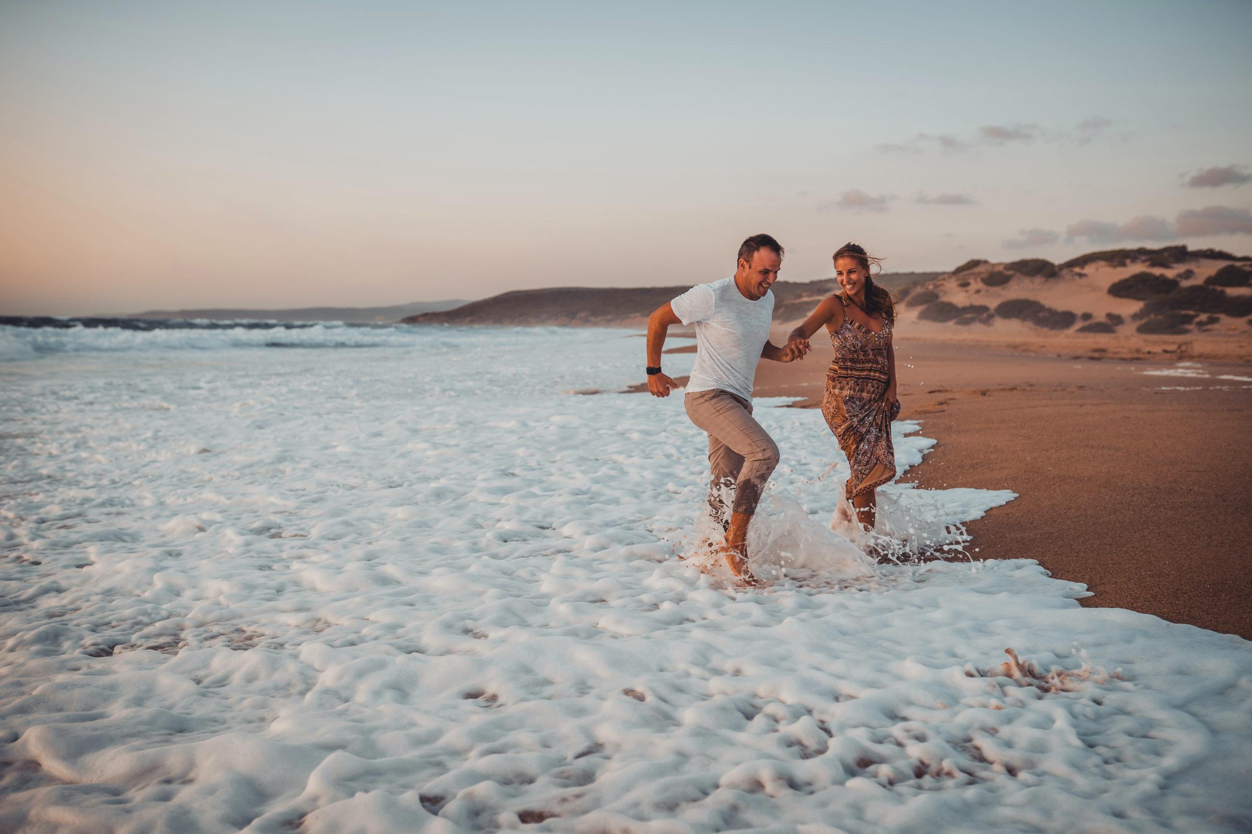 Foto prematrimoniale al mare in Sardegna